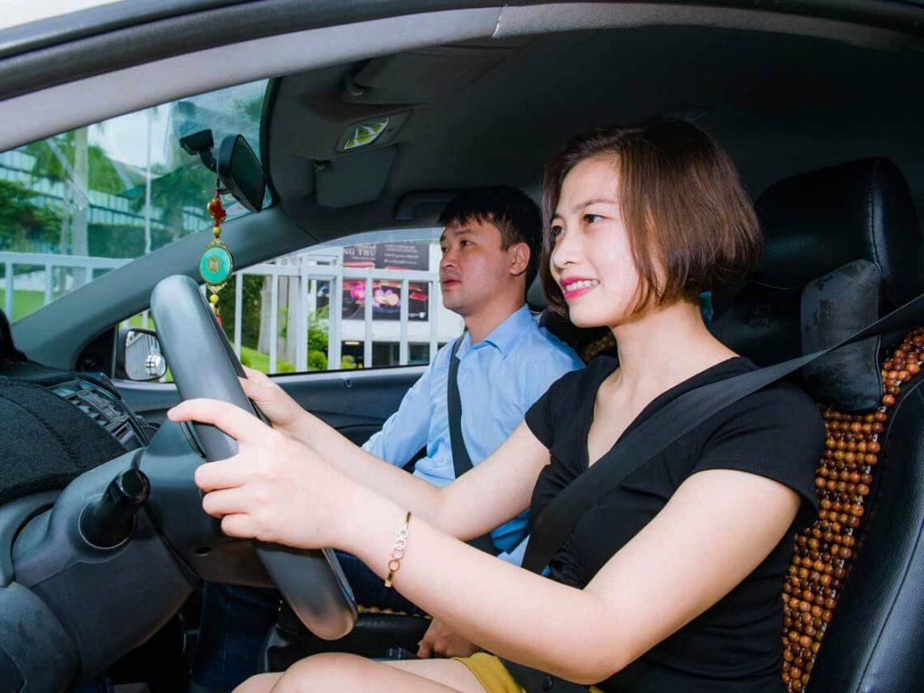 học lái xe b1 số tự động
